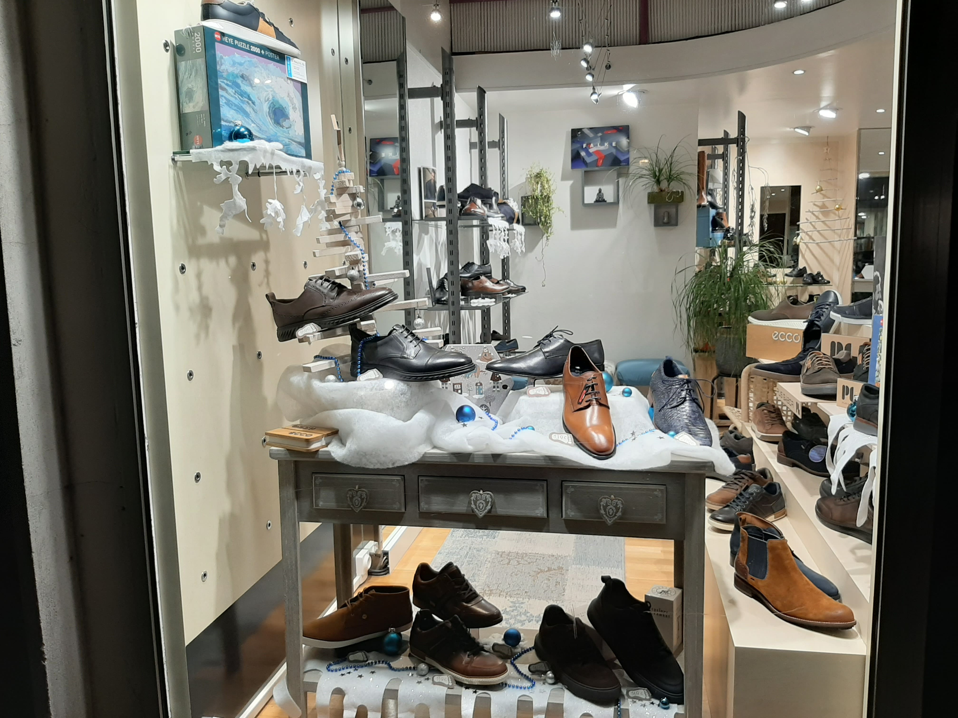 vitrine chaussures grande taille homme