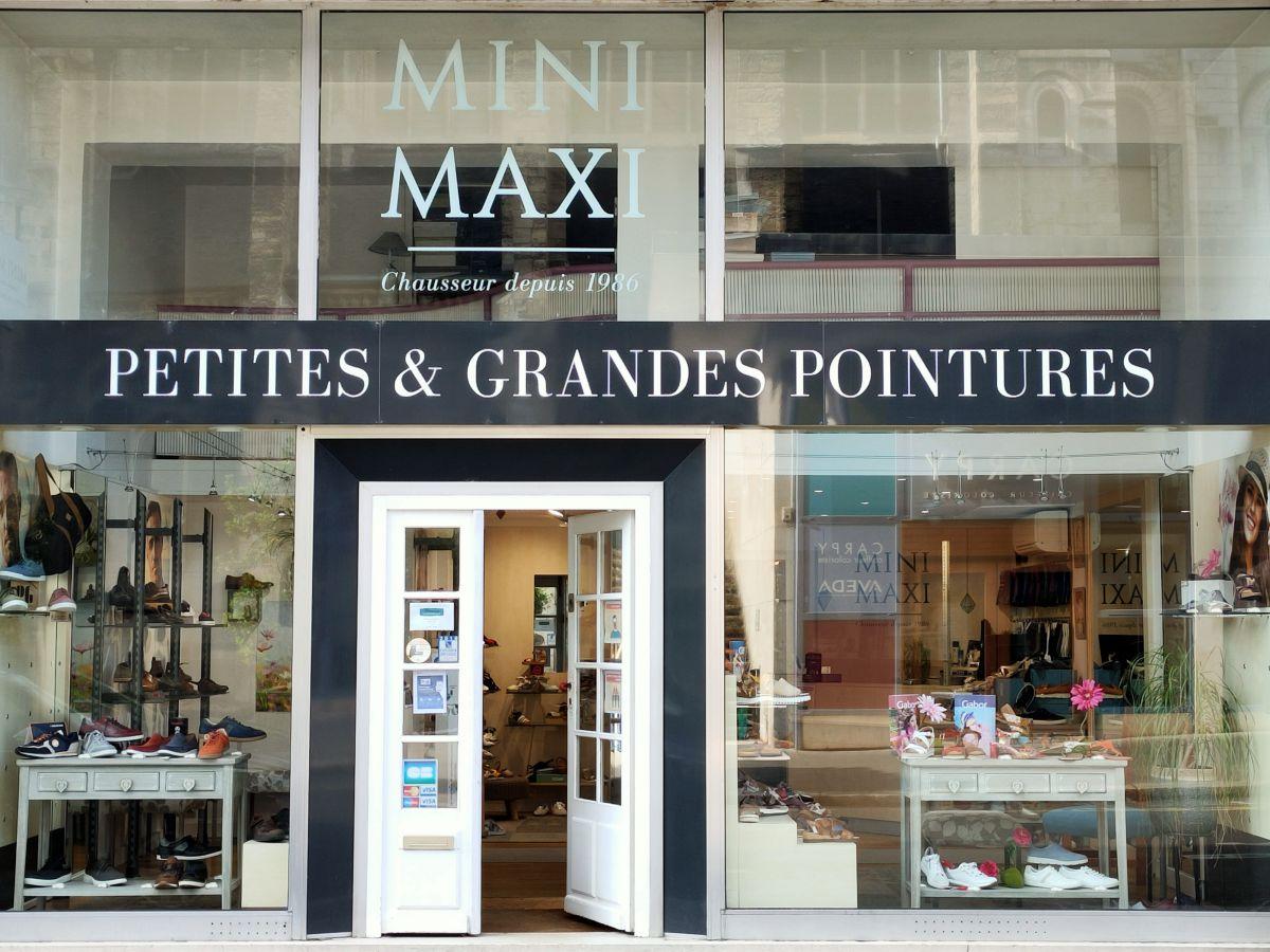 Boutique MINI MAXI à TOURS, façade extérieur